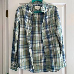 AE Men's Buttoned Shirt